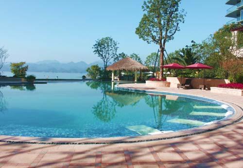 杭州千岛湖绿城度假酒店泳池区域